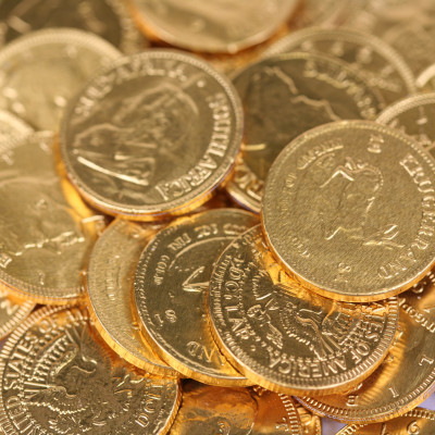 'All The World' Milk Chocolate Coins - 1Kg (135 Coins)